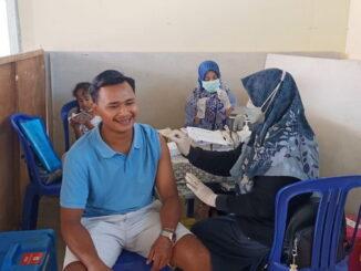 Vaksinasi yang dilaksanakan pengurus RT03-RW.02 Perumahan Griya Talago Permata Kelurahan Sawah Padang Aur Kuning.