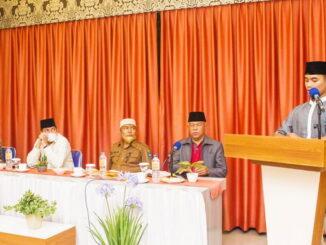 Walikota Sawahlunto, Deri Asta, SH saat mengunjungi TC kafilah.